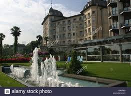 italy lago maggiore stresa grand hotel regina park fountains