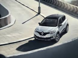 renault captur price renault captur vs renault duster price specs mileage comparison