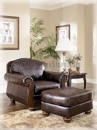 Antique Living Room Furniture Antique Living Room Set Signature Design By Furniture 55300