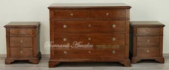 comodini in stile cassettoni in legno massello di noce 5 como e comodini