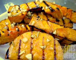 cuisiner les butternuts courge butternut au bbq recettes du québec recettes à cuisiner