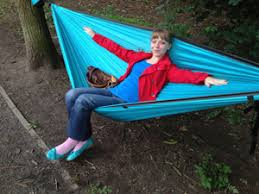 how to relax backpacking u2013 la siesta travel hammock review