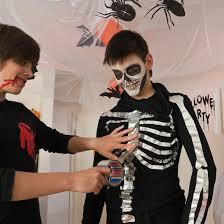 diy halloween costume kids aluminium tape skeleton