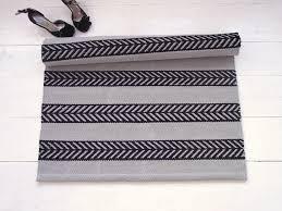 teppich skandinavisches design grau und schwarz baumwolle teppich skandinavisches design