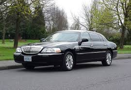 Lincoln Town Car Pictures Lincoln Town Car L Series Lucky Limousine U0026 Towncar Services