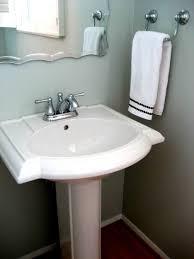 Pedestal Sink Bathroom Design Ideas by Wonderful Small Space For Bathroom Interior Design Contains