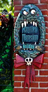 disneyland haunted mansion holiday jack skellington and zero
