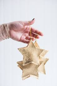 diy gold leaf ornaments the sweetest occasion