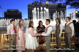 las vegas photographers affordable las vegas wedding photography offers budget prices on