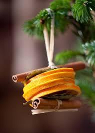 dried orange slices and cinnamon stick tree decorations