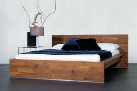 Design Vom Schlafzimmer Luna Design Luna Tische Und Betten Aus Massivholz