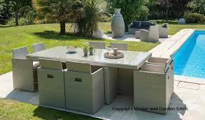 canape jardin resine tressee salon jardin table et 8 fauteuils encastrables en résine grise