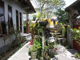 2 bedroom house with beautiful forest view set on 200 sq m of