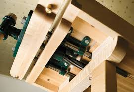 Woodworking Bench Vise Installation by Craftsmans Workbench Woodworking Plans Woodshop Plans