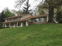 property in dillon lake zanesville willis creek lake coshocton property in dillon lake zanesville willis creek lake coshocton ohio split 4 level single family freestanding coshocton oh