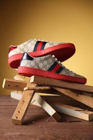 best 25 gucci shoes ideas on pinterest gucci sneakers con