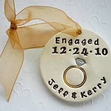 appropriate engagement gift the 25 best engagement gifts for couples ideas on