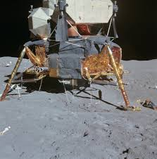 Flag On The Moon Conspiracy The Apollo Moon Hoax Why Is There No Blast Crater Under The Lunar