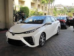 2016 toyota mirai hydrogen fuel cell car a few things we noticed