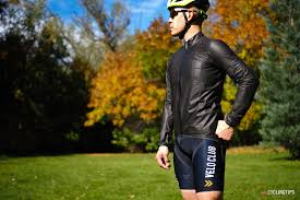 good cycling jacket gore tex shakedry shootout who makes the best waterproof cycling