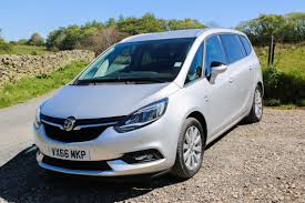 opel zafira 2017 heading north with the vauxhall zafira tourer road travel