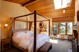 10 beautiful rooms at mountain home inn