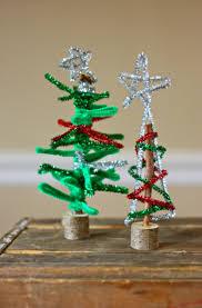 hello wonderful 8 fun holiday stick crafts