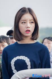 how can i get my hair ut like tina feys i want to cut my hair short like hyeri cause it s so cute kpop