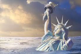 Статуя свободы в море