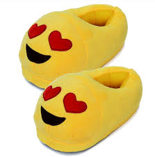2017 super soft material whatsapp emoji slipper for adults plush