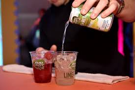 bud light gold can rules bud light letting fans choose new lime a rita flavor simplemost