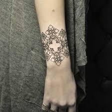 pinterest u0027teki 25 u0027den fazla en iyi geometrik dövmeler fikri