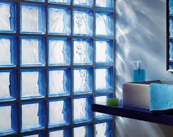 salle de bain italienne petite surface salle de bains craquez pour les briques de verre travaux com