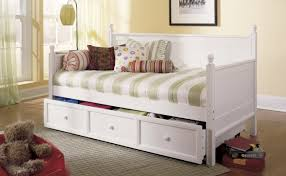 cheap girls beds daybed stunning daybed for girls cool room themes for teenage