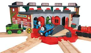 amazon com fisher price thomas the train wooden railway deluxe