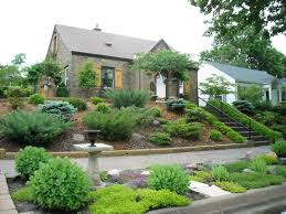 Sloped Garden Design Ideas Hill Landscaping Ideas Transitional Of The Front Yard