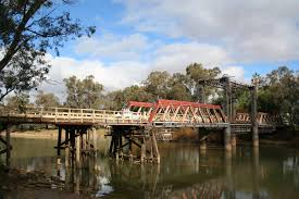 Murray River road bridge, Swan Hill