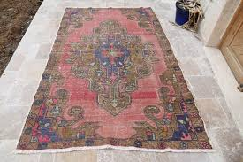 How To Clean Kilim Rug How To Choose A Rug For A Cat Friendly Home Meow Lifestyle