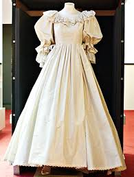 coming to america wedding dress princess diana s wedding dress coming to the mall of america
