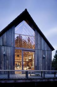 Barn Roof Styles by Best 25 Modern Barn Ideas Only On Pinterest Modern Barn House