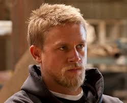 jax hair charlie hunnam previews sons of anarchy season 5 tvline