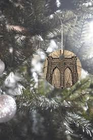 bridge blk wht houndstooth ornaments