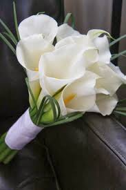 white lilly white flower bouquet flowers gallery