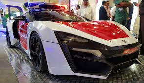 lykan hypersport interior file lykan hypersport abu dhabi police edition jpeg wikimedia