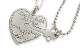 key to my heart gifts key to my heart necklaces couples necklace set he who holds