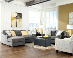 what color rug for grey sofa gray sofa decor thedesignertouch co