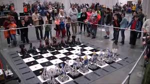 Nice Chess Sets by This Robotic Lego Chess Set Cost 30 000 Youtube