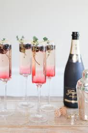 cocktails for your new years eve party drinking in america