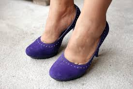 what color shoes to wear with a purple dress leaftv