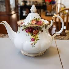 country roses tea set royal albert china collectors weekly